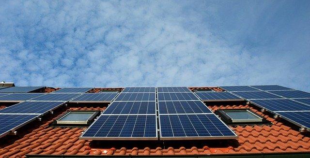 הפתרון של פקחום אם אין מים חמים במערכת סולארית מרכזית